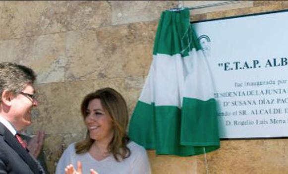 Rogelio Mena junto a Susana Díaz.