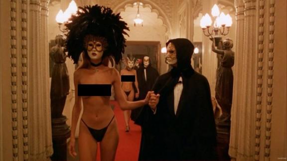 Escena de la película Eyes Wide Shut, de Stanley Kubrick