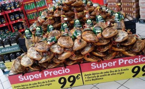 Oferta de jamones en Carrefour marca 'Oro de la Ermita'