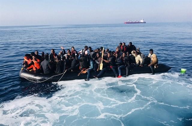 Migrantes rescatados. Fuente: Salvamento Marítimo