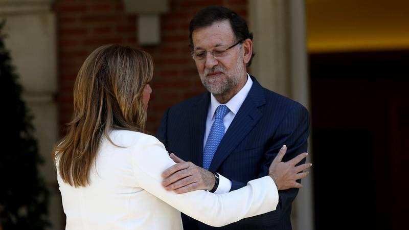 Mariano Rajoy en Moncloa recibe a la señora Díaz, líderesa de la organización PSOE-A