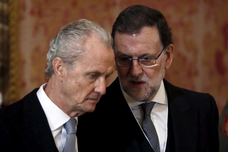 Pedro Morenés, ex vendedor de armas y M. Rajoy