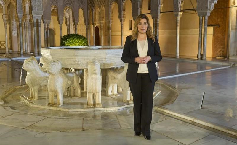 Susana Díaz, jefa de la organización PSOE-A en su aparición navideña en La Alhambra