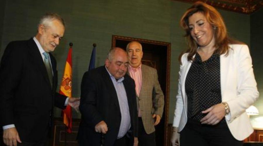 Griñán, Pastrana, Carbonero (detrás) y Susana Díaz