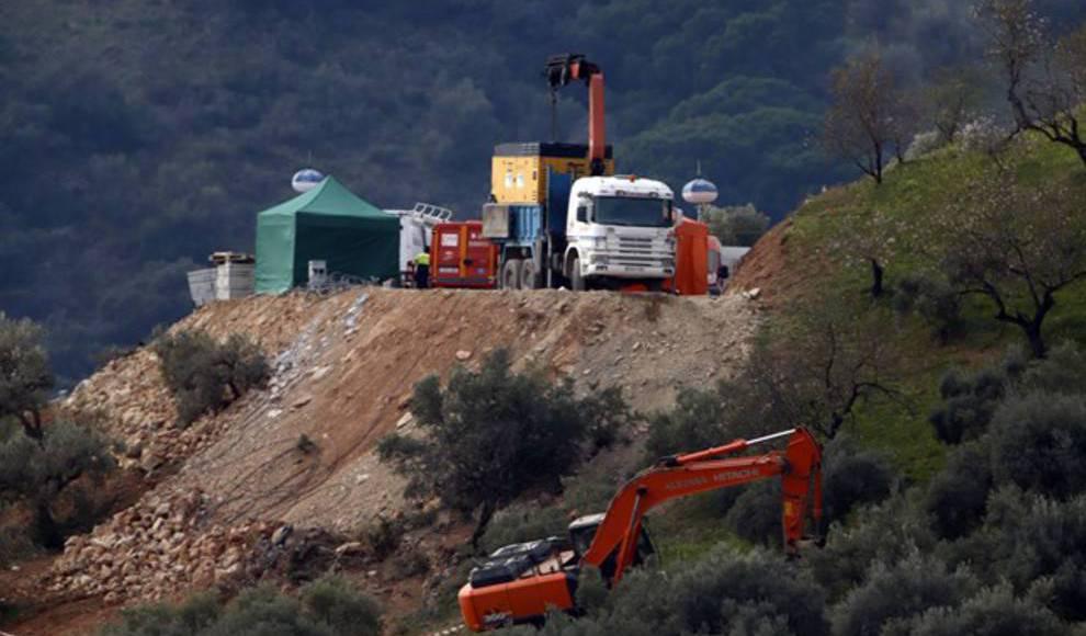 Excavaciones junto al pozo donde cayó Julen