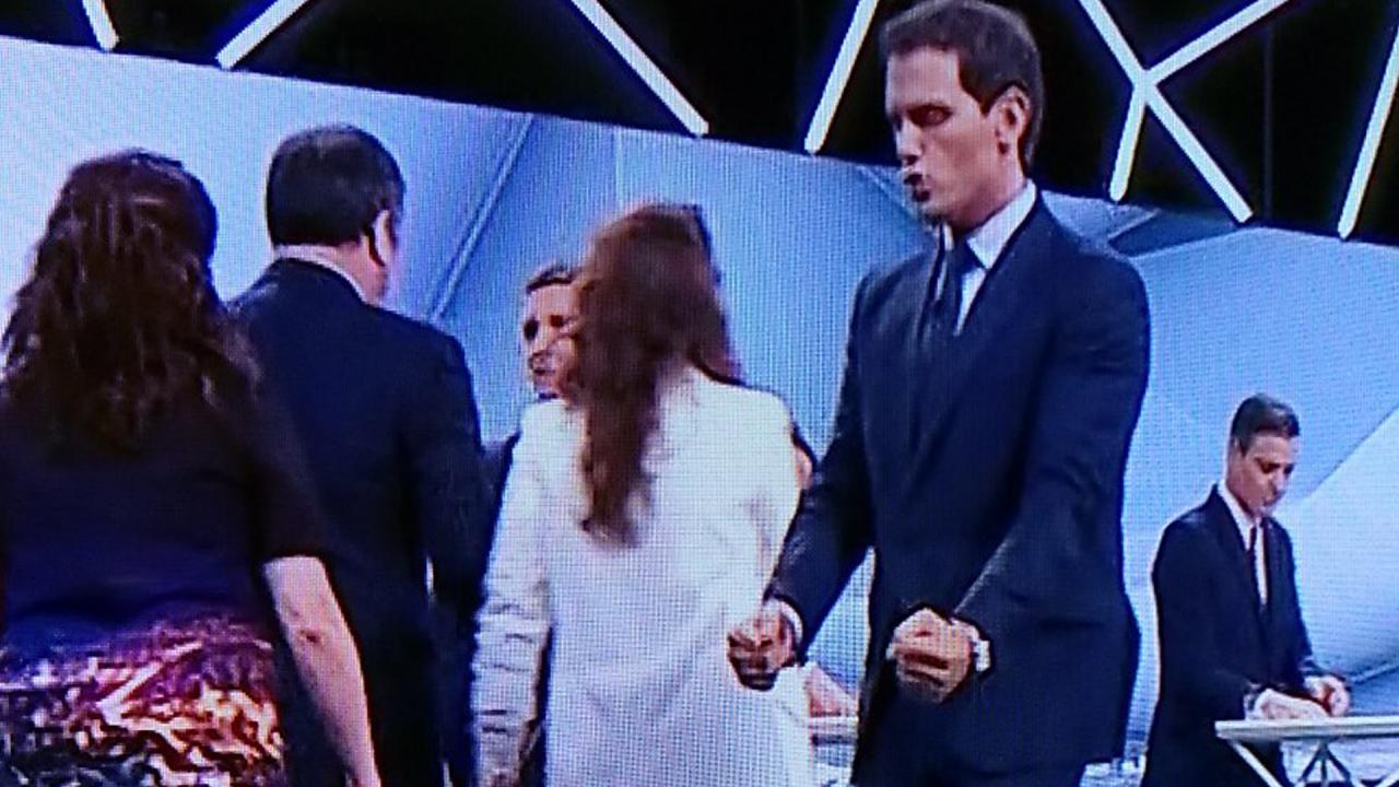 Albert Rivera dándose ánimos tras el debate en Atresmedia