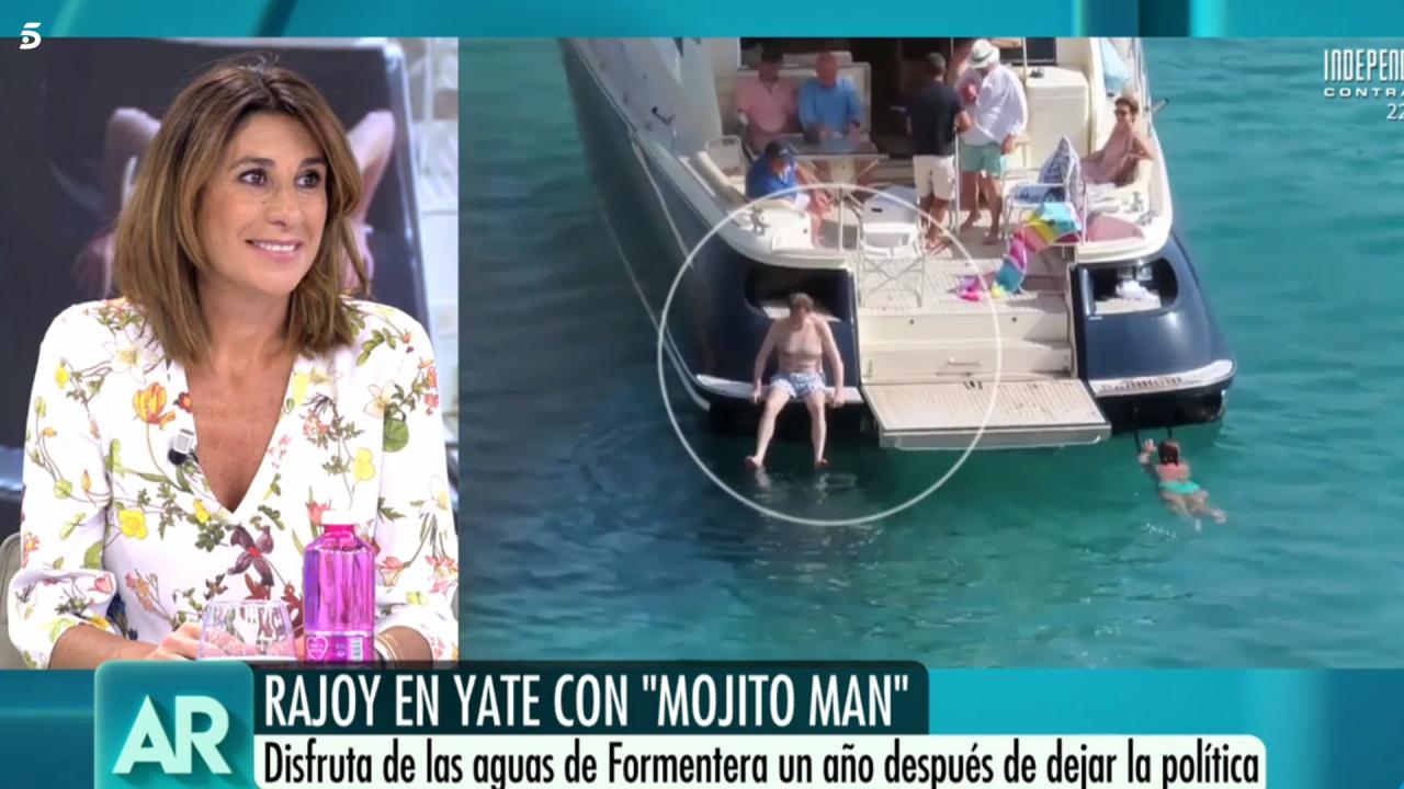 Pilar García de la Granja observa el baño de M. Rajoy en Telecino