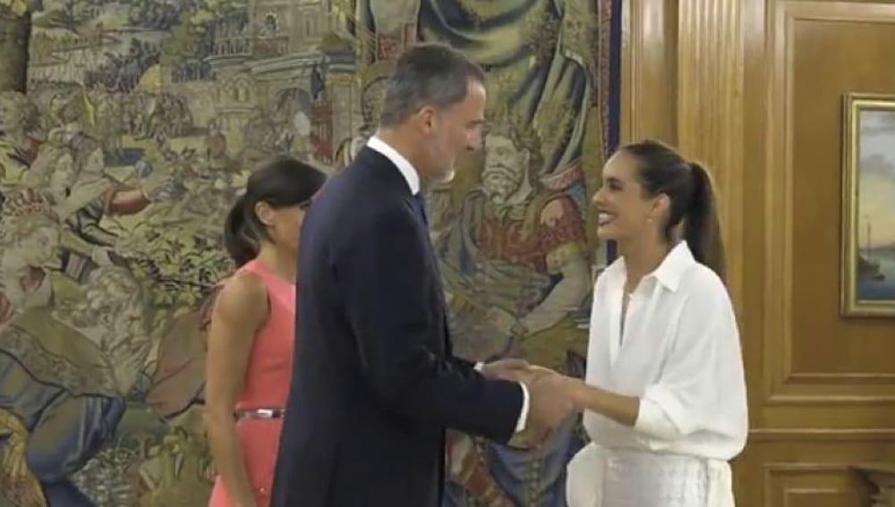 Felipe VI, Letizia y Ona Carbonell