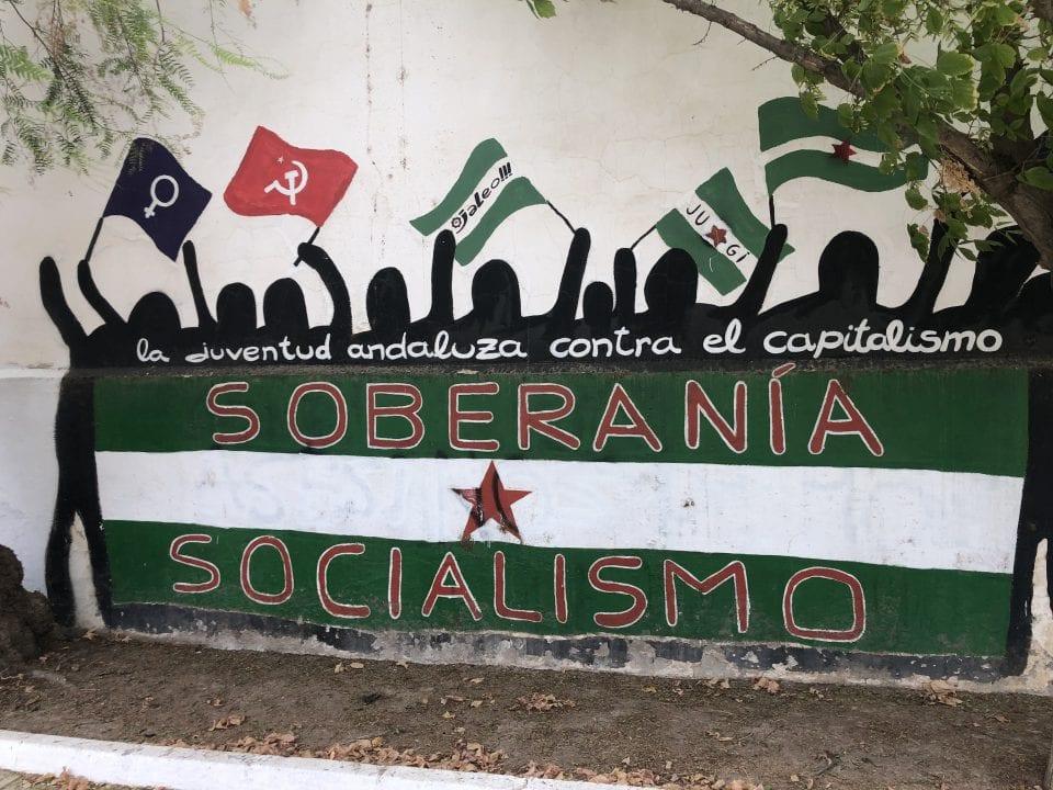 Dibujo en apoyo a la soberanía andaluza en las calles de Marinaleda - Foto: Elias Villadiego