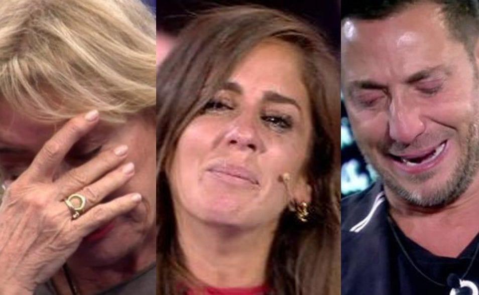 Supuestas personas VIP, llorando en Telecinco.