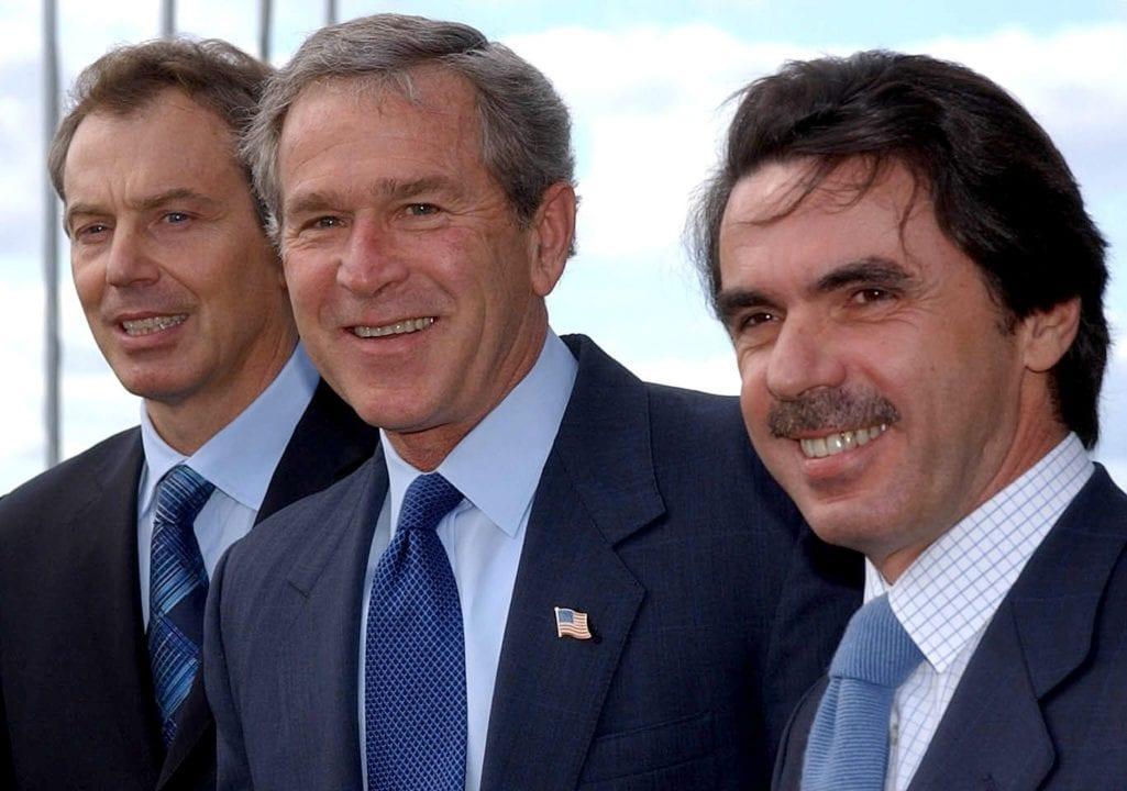 Aznar, Bush y Blair llamando a la guera con mentiras sobre las armas de destrucción masiva de Irak.