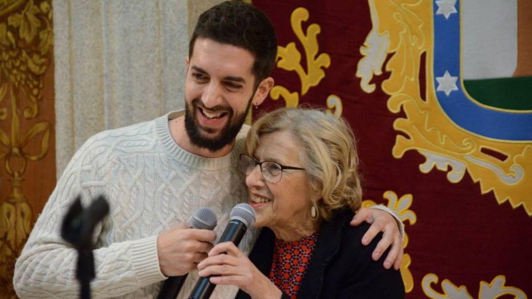 David Broncano junto a la exalcaldesa de Madrid en una foto de archivo