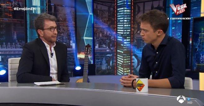 Pablo Motos e Íñigo Errejón en El Hormiguero de Antena 3.