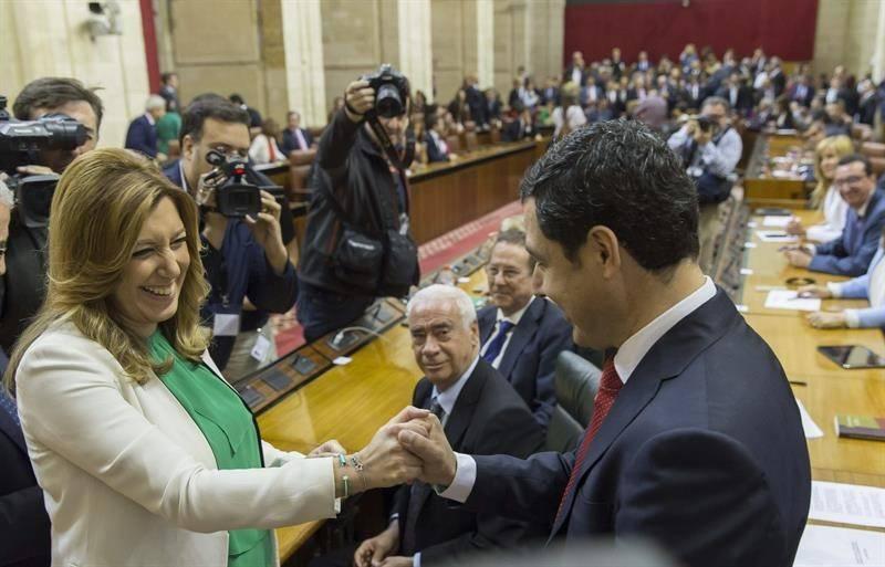 Susana Díaz y Juanma Moreno en el Parlamento andaluz.