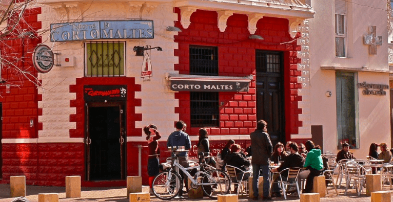 Taberna El Corto Maltés, situada en el centro de Sevilla