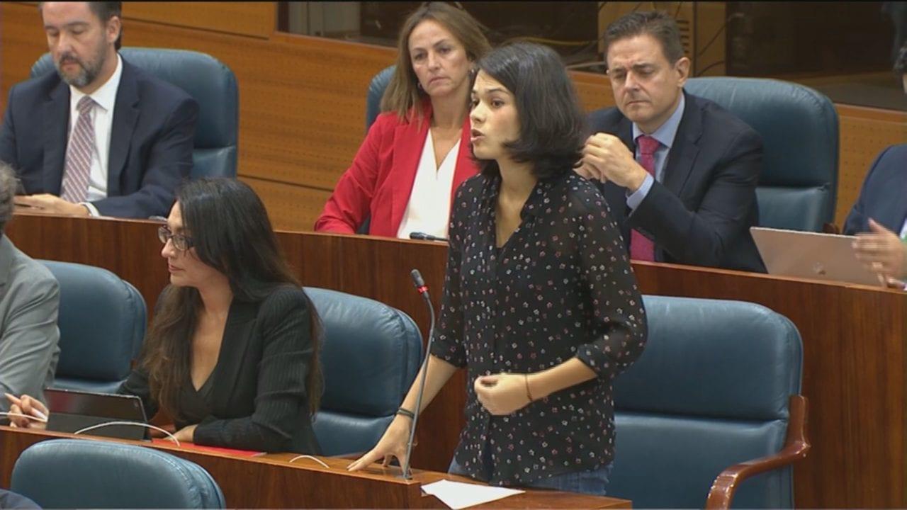 Isa Serra en la Asamblea de Madrid.