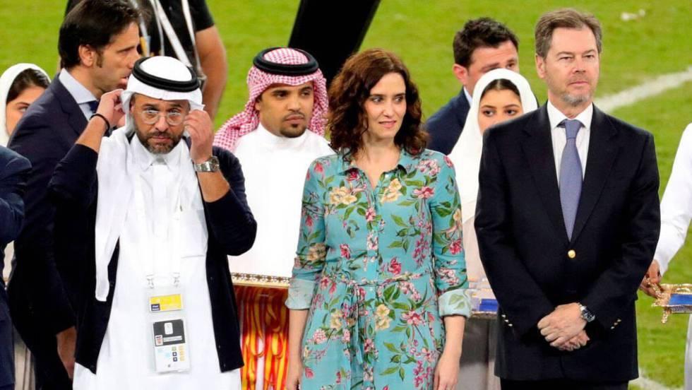 Isabel Díaz Ayuso en Arabia Saudita.