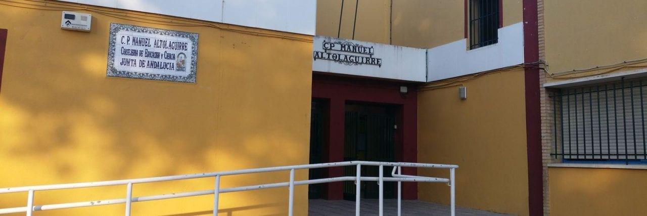 Centro escolar Manuel Altolagurre en Sevilla.