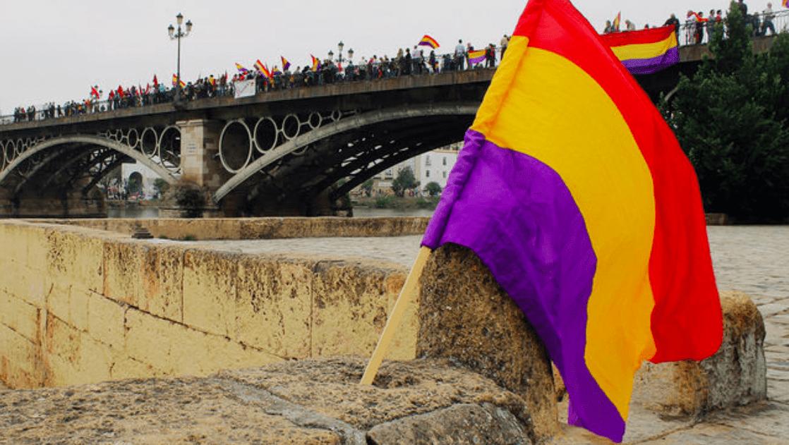 Manifestación republicana en el centro de Sevilla
