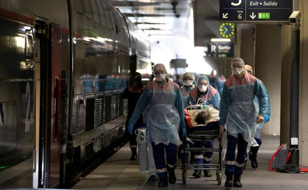 Tren medicalizado en Francia.