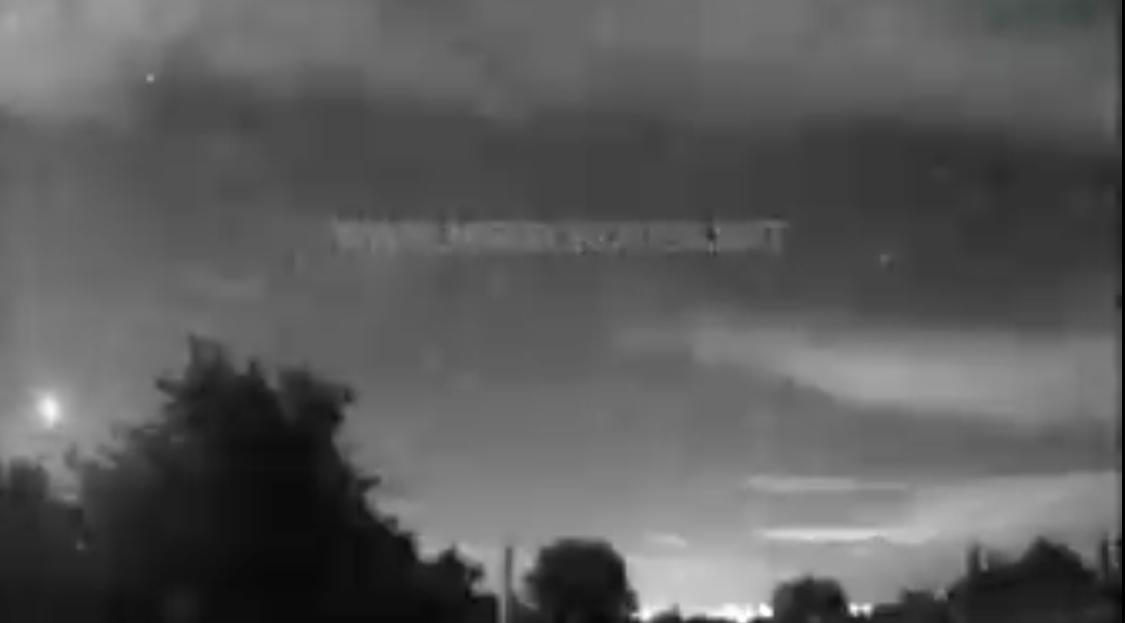 Una bola de fuego sobrevoló España a 82.000 km/hora