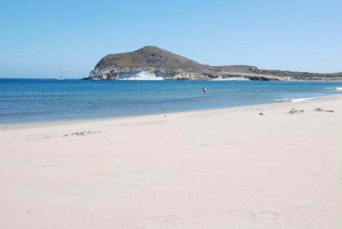 Bahía de los Genoveses (Almería)