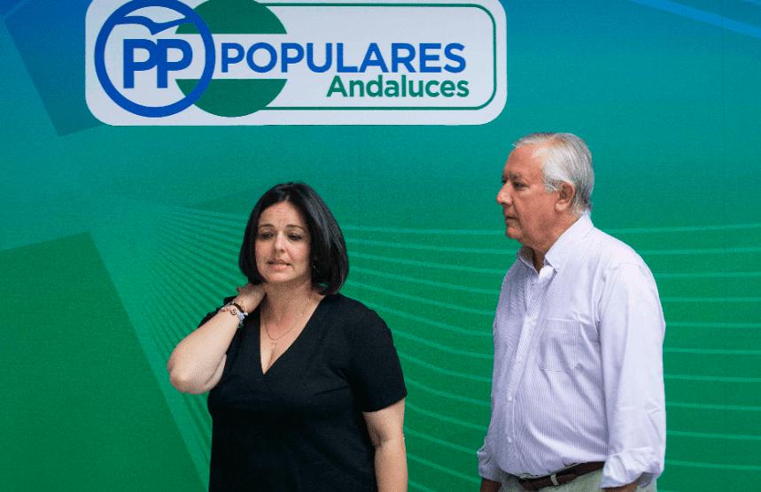 Virginia Pérez y Javier Arenas