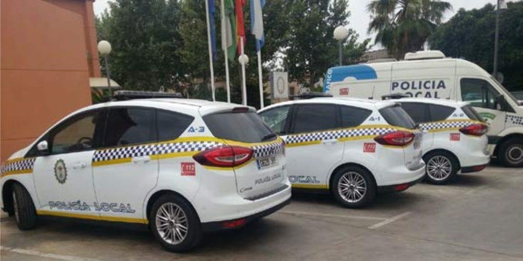 Vehículos de la Policía Local de Alcalá de Guadaíra (Sevilla).