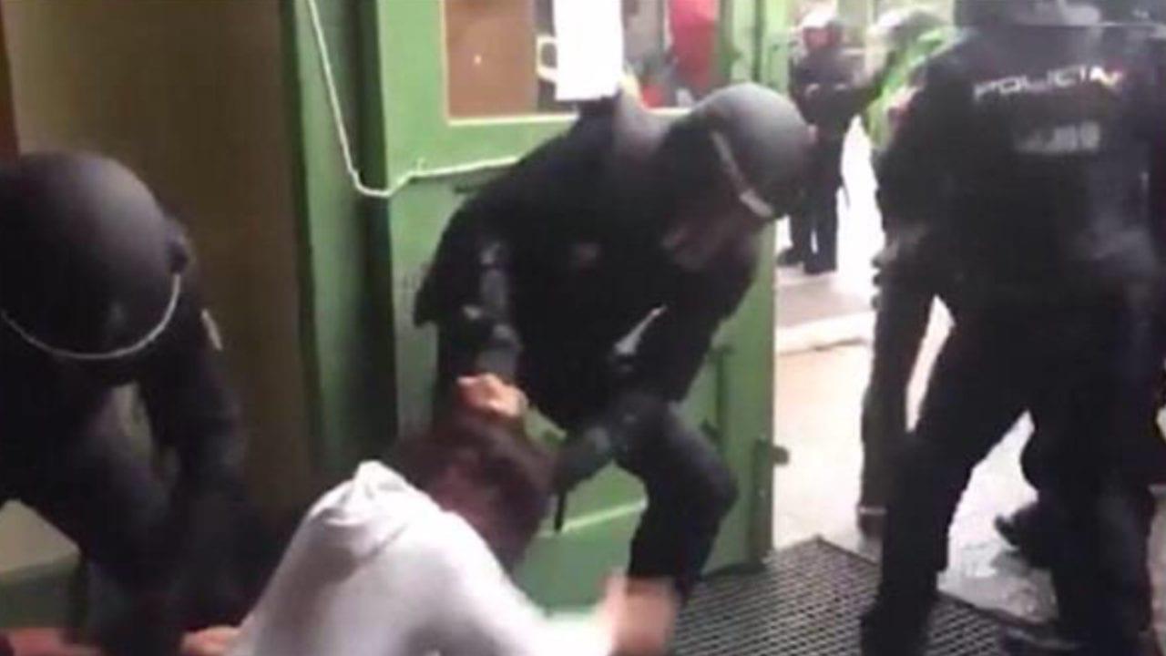 El Tribunal Europeo de Derechos Humanos condena a España por la violencia policial -  Foto de archivo