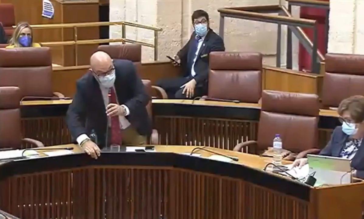 """El portavoz de Vox en el Parlamento de Andalucía siendo """"ninguneado"""""""