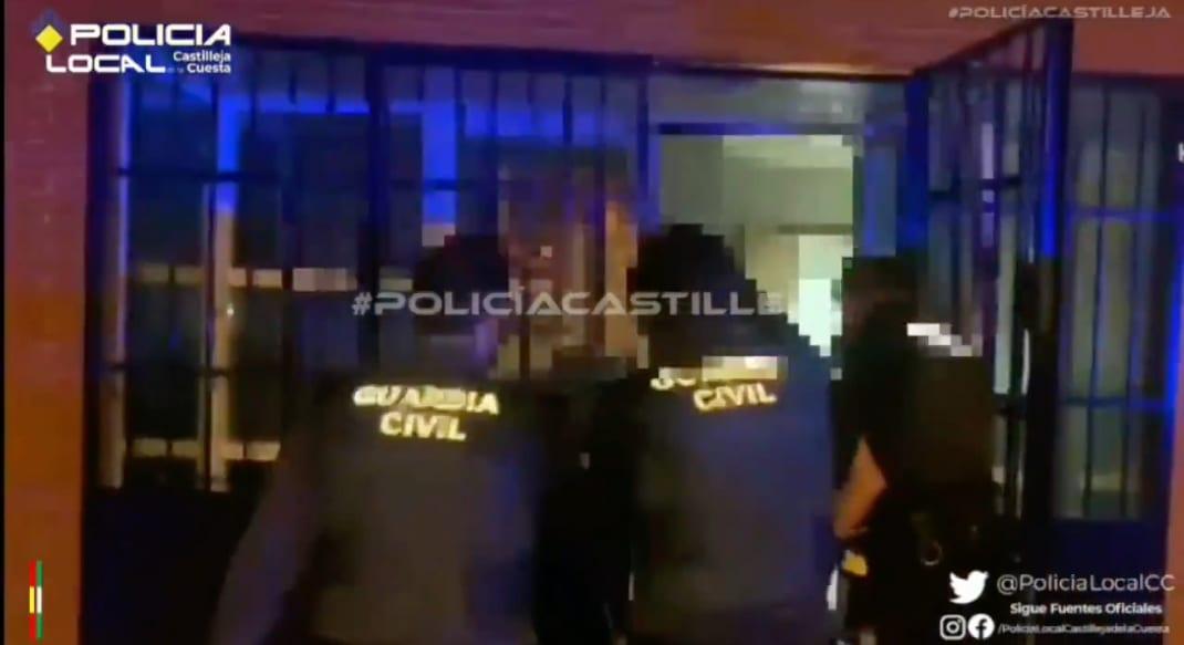Foto de la detención publicada por la Policía Local de Castilleja de la Cuesta