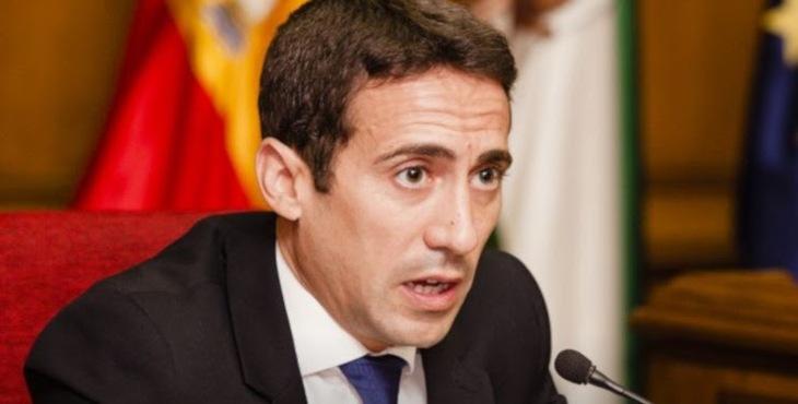 Óscar Liria (PP), tercer vicepresidente de la Diputación de Almería.